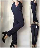 Летние брюки женские однотонные на резинке темно-синие Султанки, летние женские брюки больших размеров, фото 1