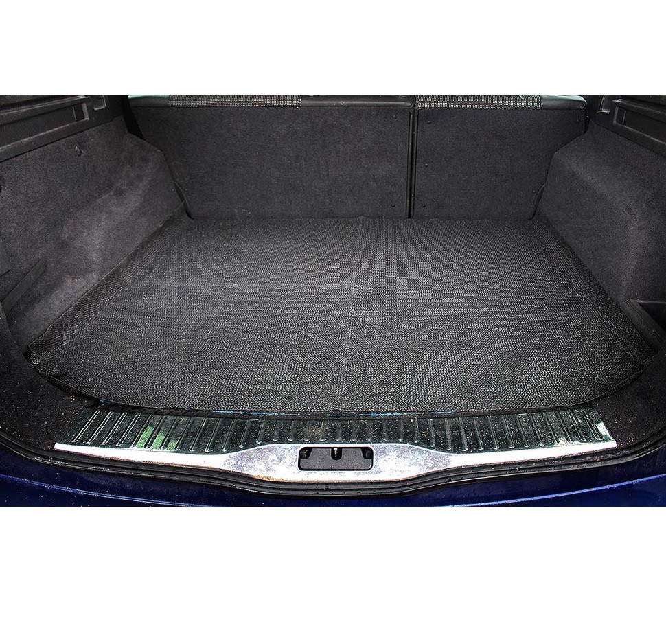 Килимок в багажник універсальний протиковзкий 120х100см MAMMOOTH