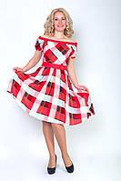 Модное женское платье на праздник