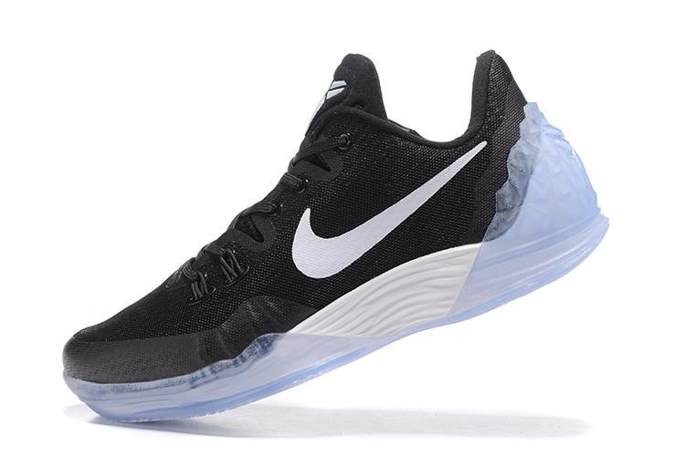 "Кроссовки Nike Zoom Kobe Venomenon 5 ""Черные\Белые"""