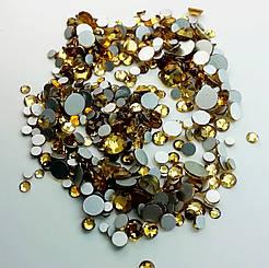 Стразы для ногтей аналог сваровски золото (стекло mix размеров)