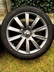 Оригинальные 21 - дюймовые колеса на Range Rover Velar Evoque