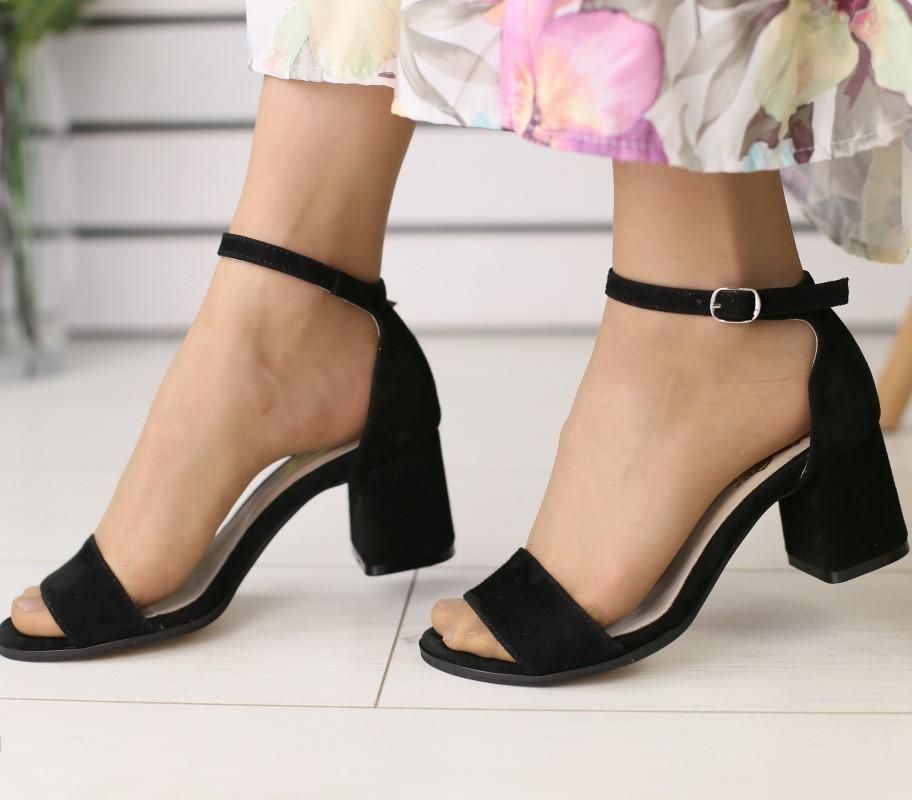 37895c17a9de 40 размер Модные женские замшевые босоножки на устойчивом среднем каблуке  черные ...