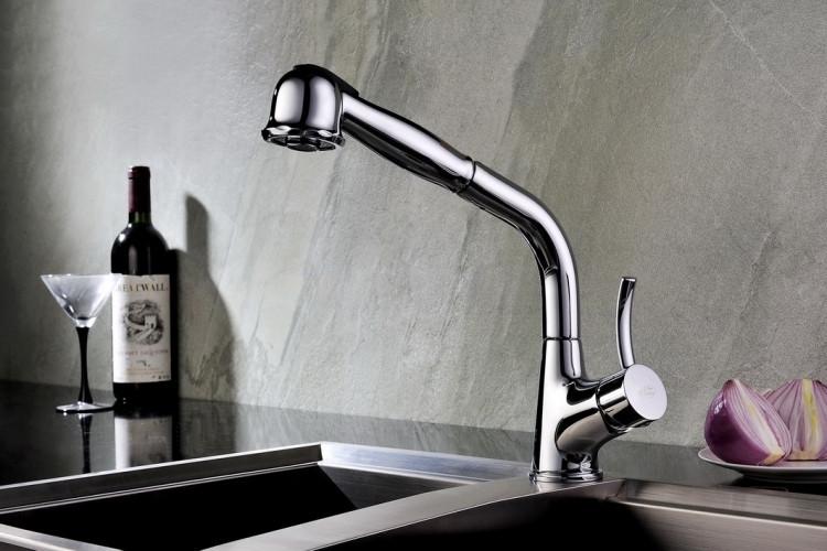 Смеситель Blue Water  Retra (хром) для кухни с выдвижным душем