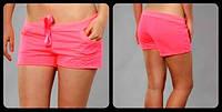 Короткие женские шорты в цветах