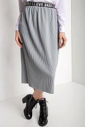 Прямая трикотажная юбка гофре LoveLove с мягким поясом длиной чуть ниже колена