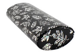 Футляр на магните, рисунок листики, лаковый (160*60*35) черный