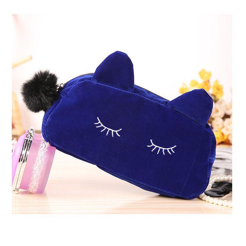 Милая женская косметичка Сонный котик с ушками и бубоном (синий)