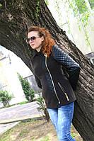 Осенее пальто с кожаными рукавами