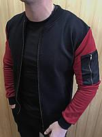 Бомбер мужской, черный с бордовыми рукавами
