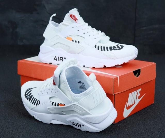 Белые кроссовки Nike Air Huarache Off White
