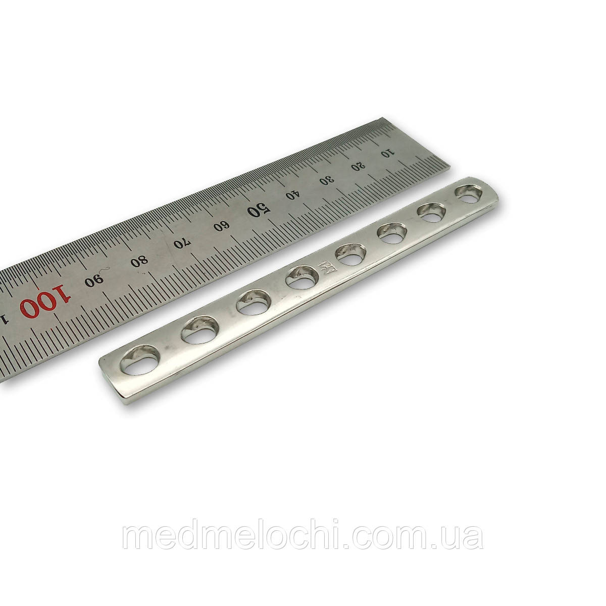 Пластина однорядка L = 98мм, D = 3,5 мм, 8 отв,