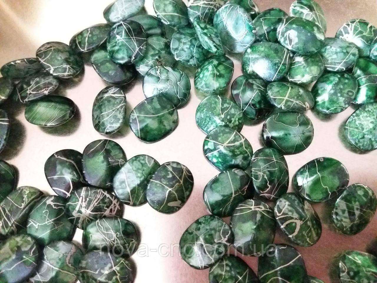 "Бусины  ""овал"" зеленый янтарь  500 грамм"