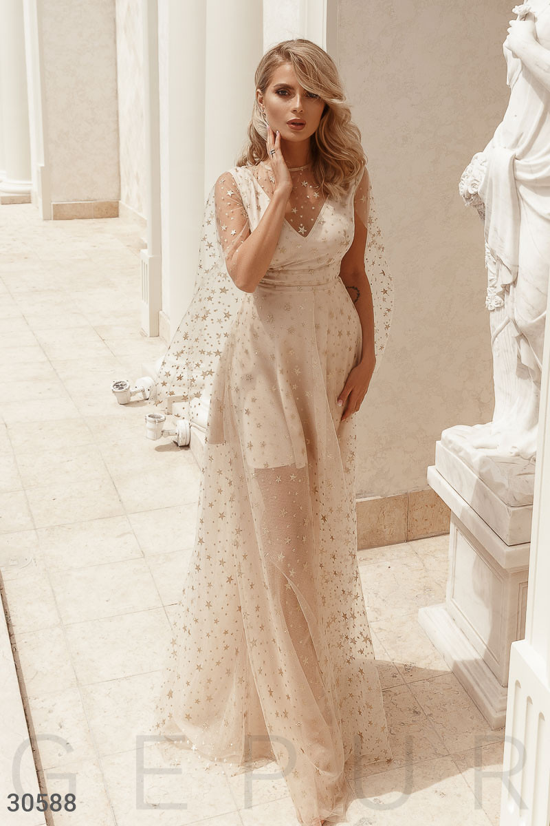 Вечернее длинное платье-сетка бежево-золотистый