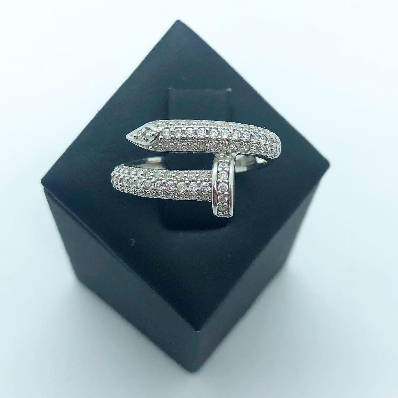 Кольцо из серебра в стиле картье Juste Un Glow белые камни (размер 17 )
