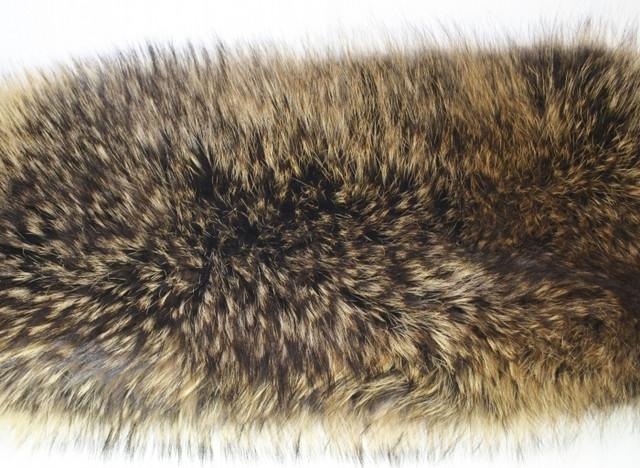 натуральный мех енота, фото вычиненной шкуры