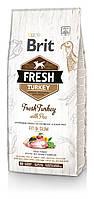 Brit Fresh TURKEY & PEA LIGHT Корм диетический для взрослых собак с индейкой всех пород с уткой и пшеном,2.5кг