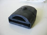 Подушка подкоренного листа задней рессоры на Mercedes Sprinter (9013250744)