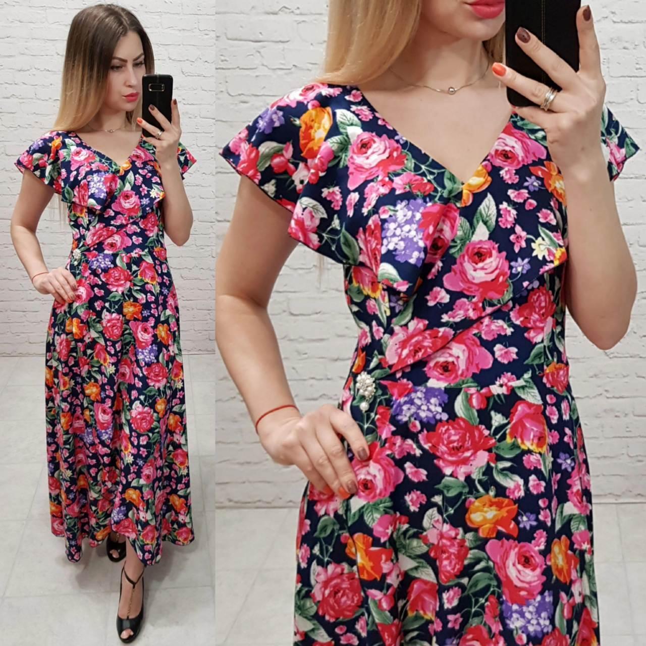 Платье длинное в пол на запах с брошью арт. 111 синее в розы