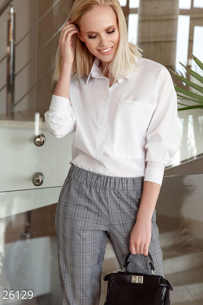 Стильная блуза-рубашка белого цвета