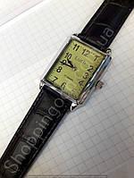 Годинники механічні чоловічі наручні сріблясті з арабськими цифрами прямокутні Білорусь Промінь Промінь 116247