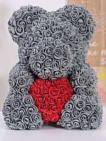 Красивый мишка из латексных 3D роз 40 см серый с красным сердцем | Идеи для подарков
