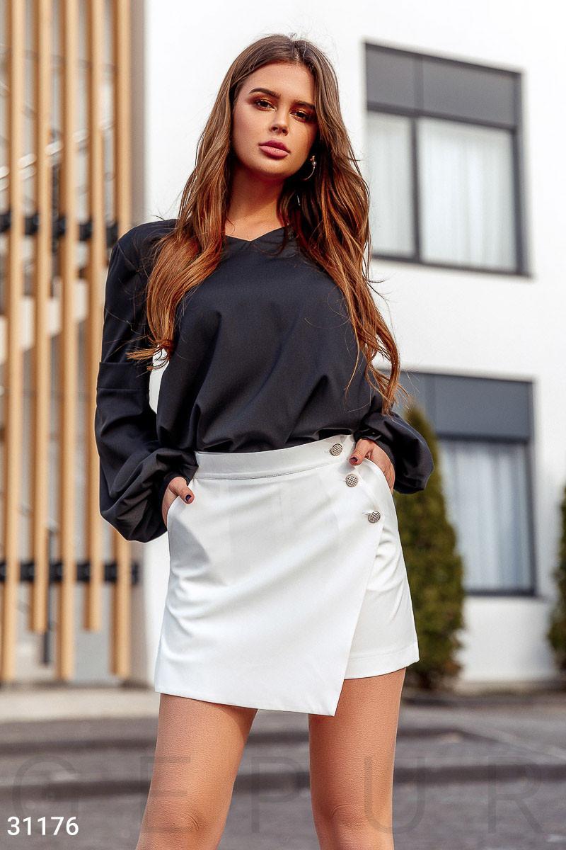 Однотонная блуза с широким рукавом черная