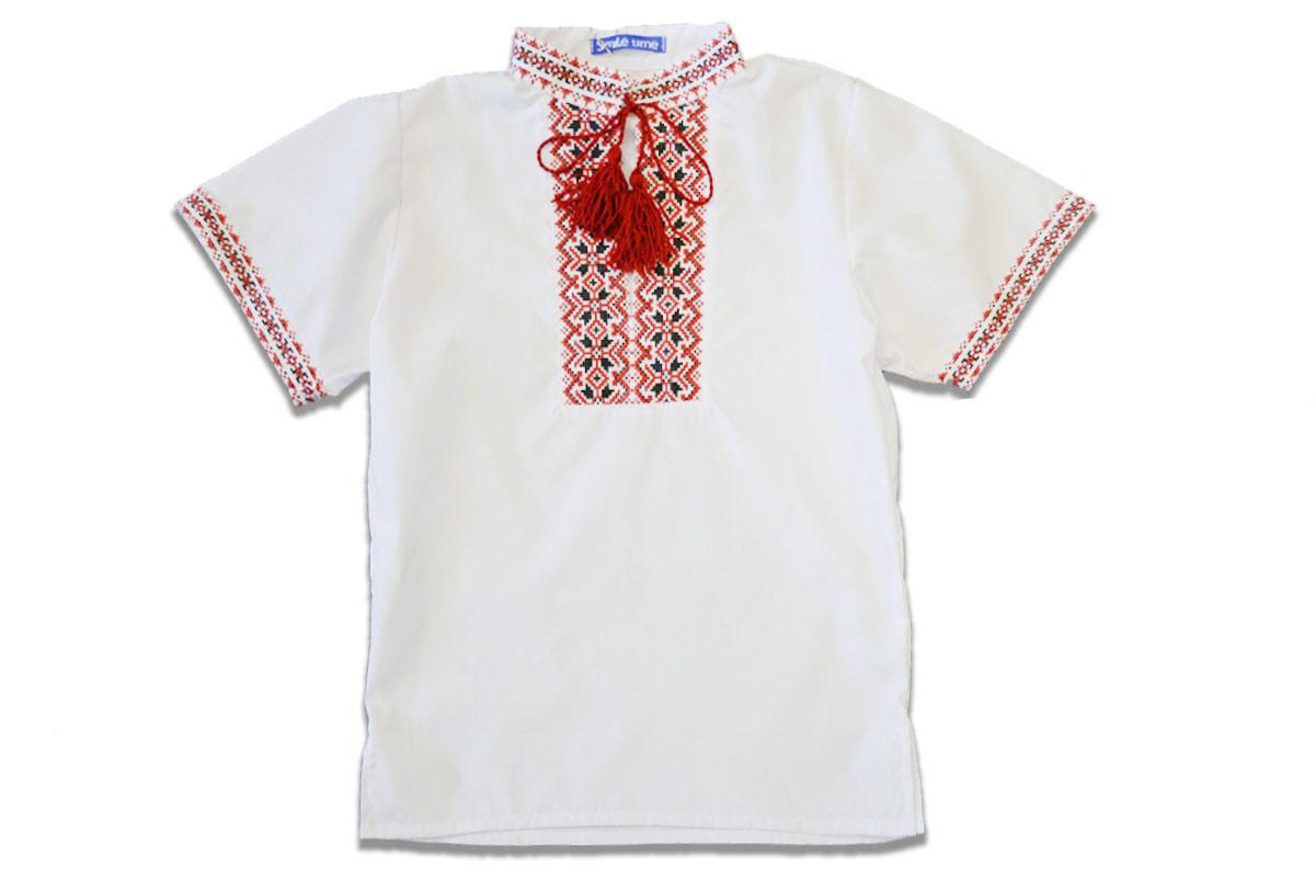 Вышиванка для мальчика с коротким рукавом с красным узором