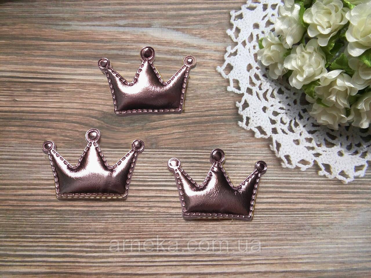 Патч корона из эко-кожи 5,5*3,7 см (розовая)
