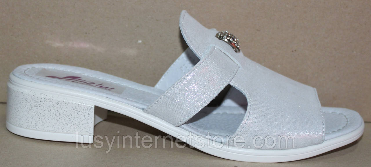 Сабо белые женские кожаные на низком каблуке от производителя модель РИ1130
