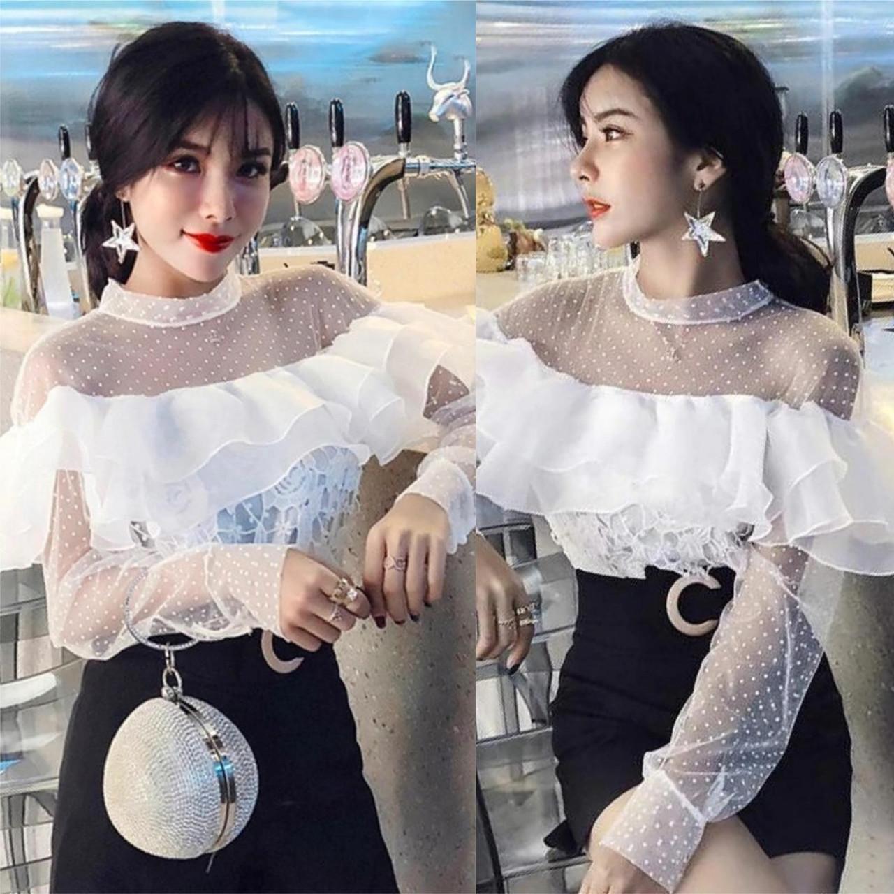 """Стильная женская блузка с воланом """"Кружево на подкладе"""" 42, 44, 46 размер норма"""