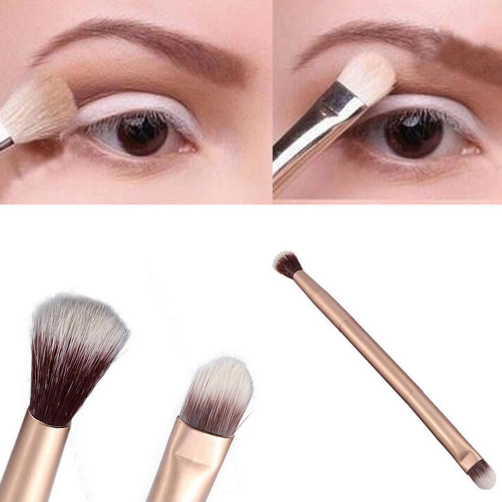 Двухсторонняя м ногофункциональная кисть для макияжа 2