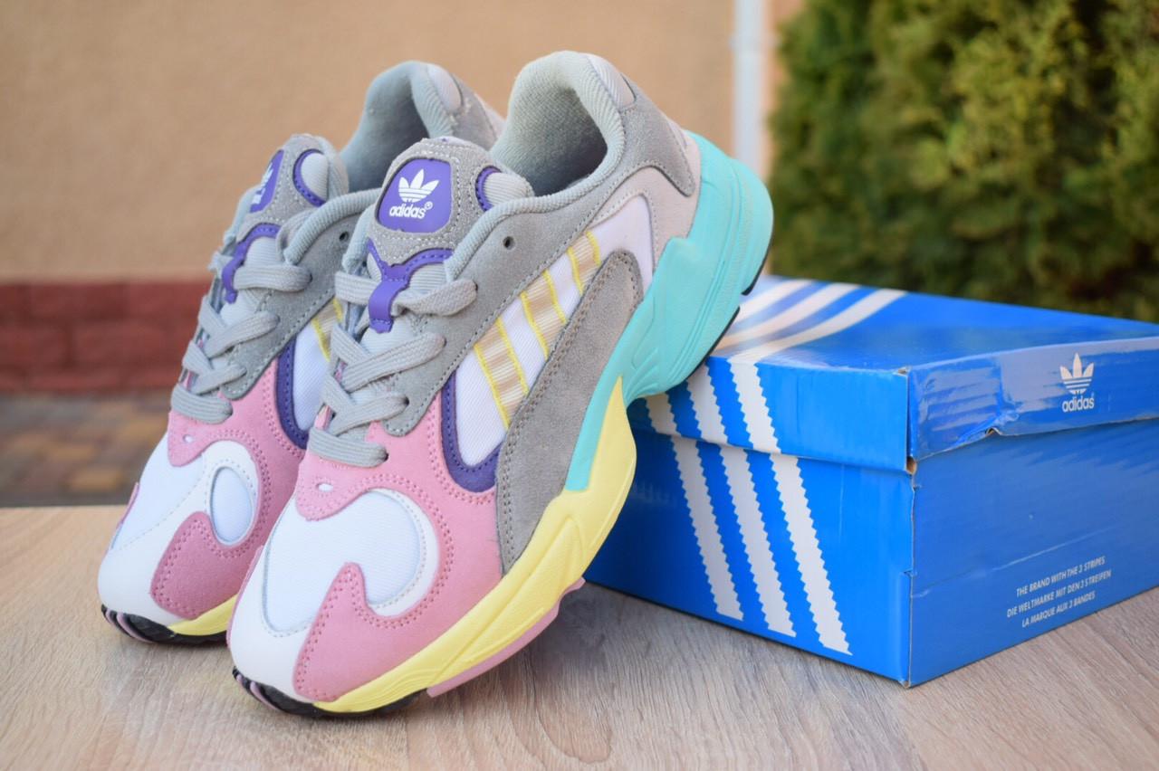 Женские кроссовки Adidas Yung весна замшевые массивные яркие адидасы (белые с розовым и желтым), ТОП-реплика