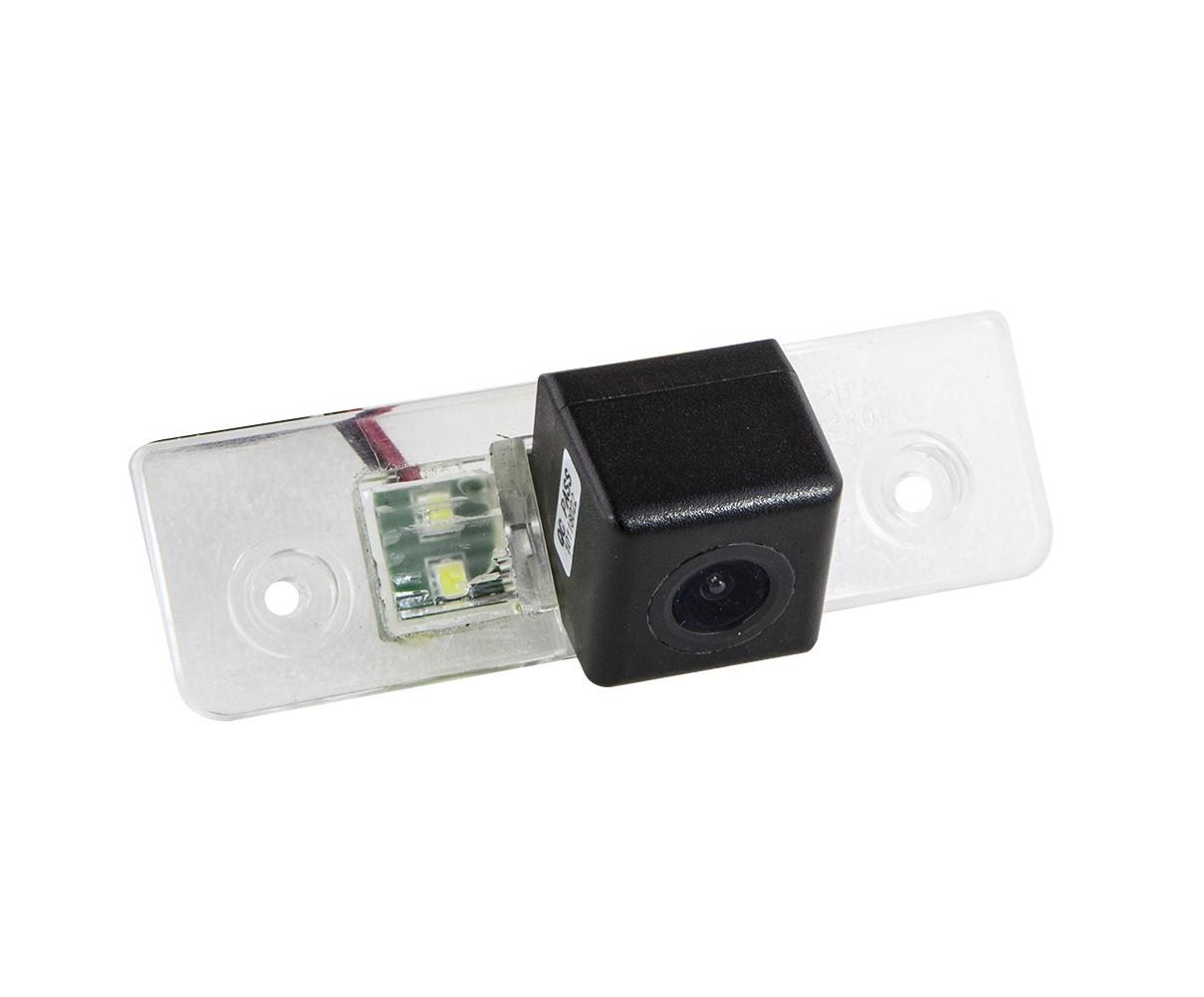 Штатная камера заднего вида Falcon SC04-XCCD. Octavia A5 2004-2013/Ford Fiesta 2002-2008/Ford Fusion 2002-2012