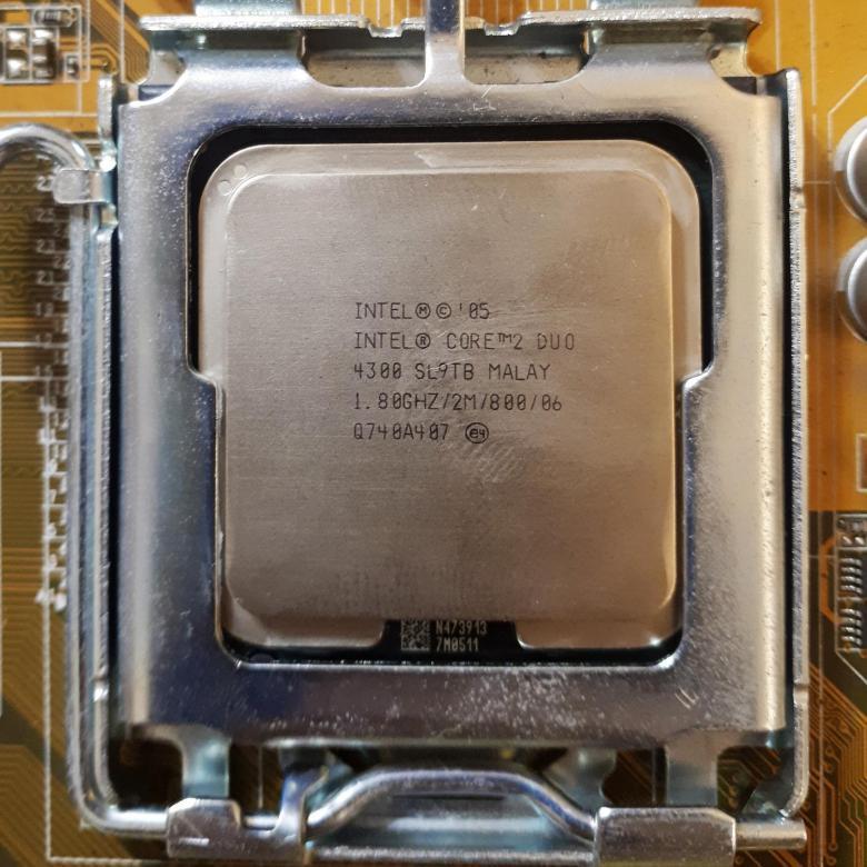 ПРОЦЕССОР INTEL на 2 ЯДРА S775 Core2DUO E4300 ( 2 по 1,8 Ghz каждое, FSB 800 s 775 )  Сore2 DUO E 4300