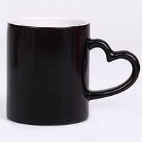 Чашка сублимационная LOVE (ручка сердце) ЧЕРНАЯ
