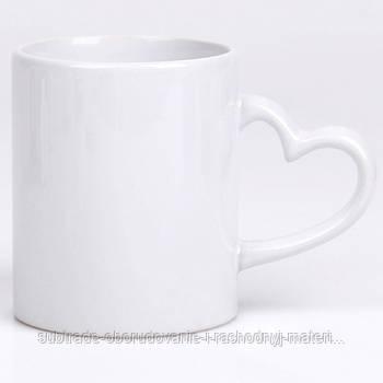 Чашка сублимационная БЕЛАЯ LOVE (ручка сердце) 330 мл
