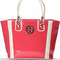 Женская сумка Tory Burch в лаке розового цвета