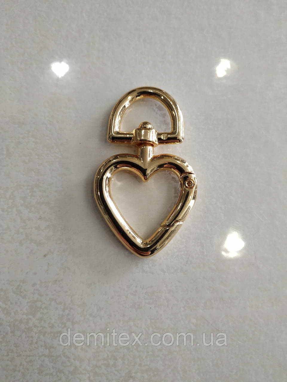 Карабин  сердечко золото 13 мм ушко