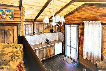 Все здания укомплектованы деревянной мебелью нашего производства.