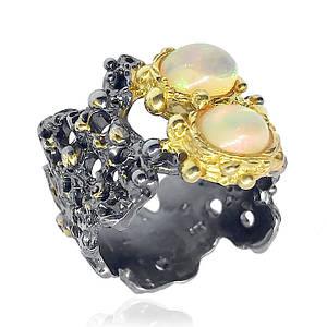Кольцо серебряное с натуральными опалами размер 17.5