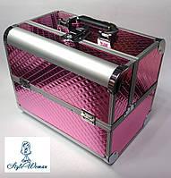 Бьюти кейс алюминиевый чемодан с ключом малиновый металлик ромбы