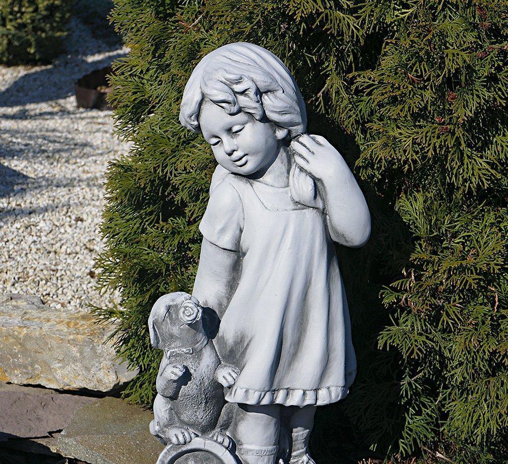 Садовая фигура Девушка из провинции