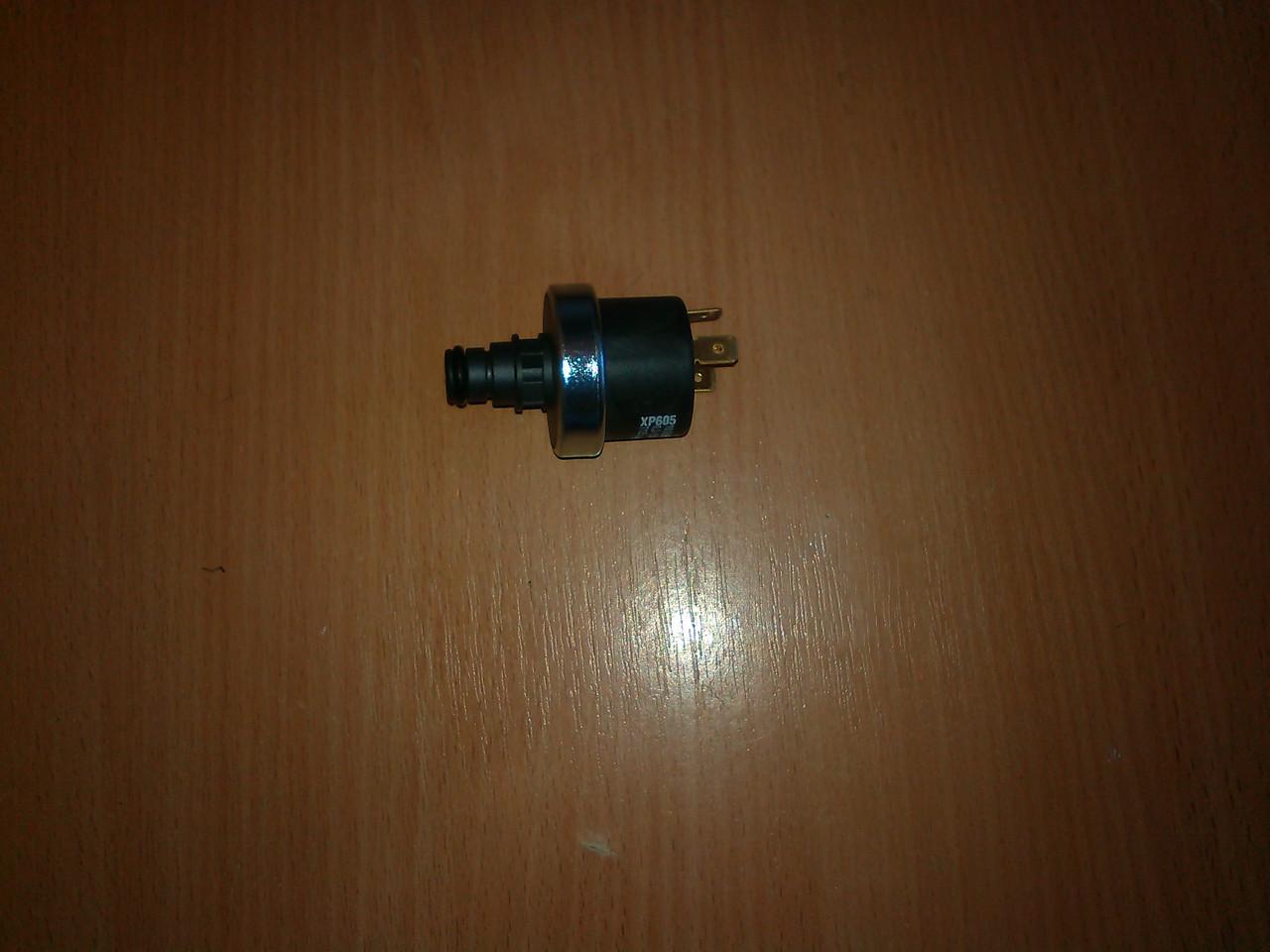 Реле (датчик) давления воды XP605 0,2-1,2 бар с мультиштоком.