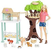 Набор кукла Барби центр заботы о животных Barbie Animal Rescuer Doll Playset