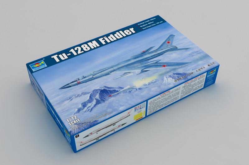 """Сборная модель советского тяжёлого перехватчика ПВО Ту-128 """"Fiddler"""" 1/72 TRUMPETER 01687"""
