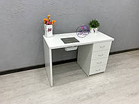 Маникюрный стол с толстой столешницей