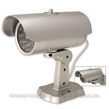 Муляж камеры видеонаблюдения Mock Security Camera ZL 2011 - камера обманка со светодиодом, фото 2