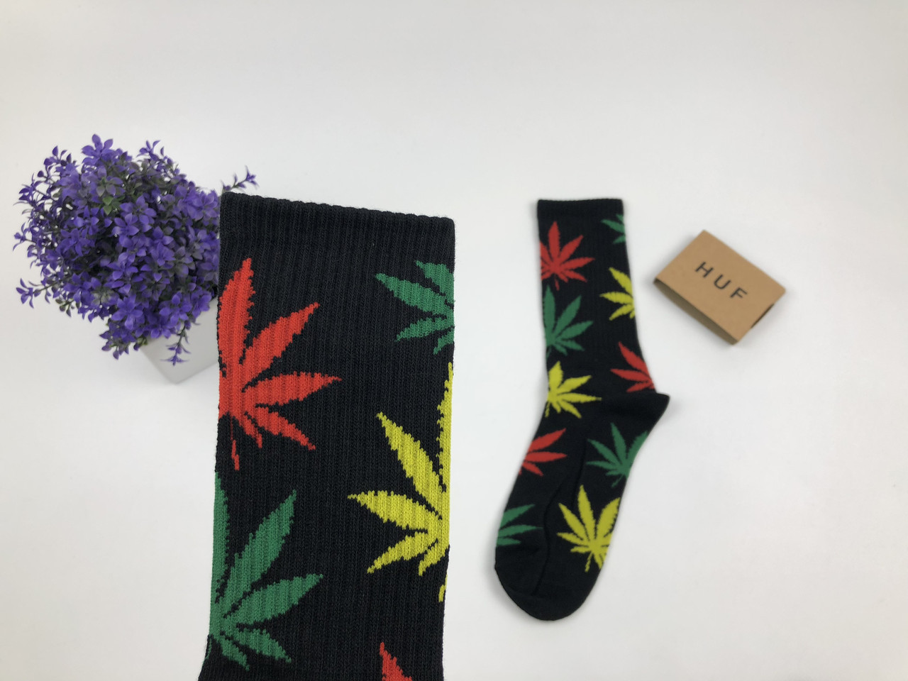 Носки HUF Plantilife - высокие - черные (разноцветный лист желтый, зеленый, красный)