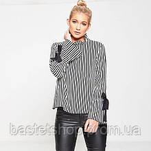 Жіноча сорочка в смужку з довгим рукавом з зав'язками на спинці